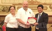 Ho Chi Minh Stadt und US-Veteranen heilen zusammen die Kriegswunde
