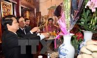 Zehntausende Menschen kommen zum Tempel der Hung-Könige zum Neujahrsfest