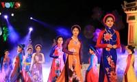 Ao Dai - Modenschau im Festival Hue 2018