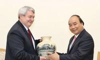 Premierminister Nguyen Xuan Phuc empfängt den Vize-Präsidenten des tschechischen Unterhauses