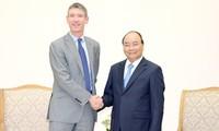 Premierminister Nguyen Xuan Phuc empfängt den britischen Botschafter