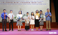 Verleihung der Presse-Preise über den Jugendverband und Junioren-Bewegungen