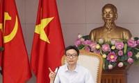 Vize-Premierminister Vu Duc Dam leitet die Sitzung über Lebensmittelssicherheit