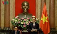 Staatspräsident Tran Dai Quang trifft Leiter der vietnamesischen Vertretungen im Ausland