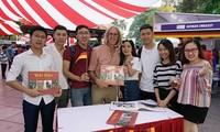 """Das Buch """"Deutsch-vietnamesische Biografien"""" – perfektes Puzzle der bilateralen Beziehungen"""