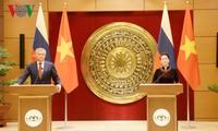 Pressekonferenz nach dem hochrangigen Gespräch zwischen Vietnam und Russland