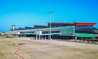 Der Flughafen Van Don strahlt im Nordosten des Landes