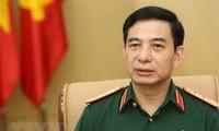Die vietnamesische Militärdelegation zu Gast in Singapur