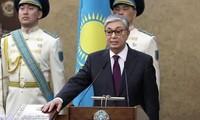 Der neue Präsident von Kasachstan tritt Amt an