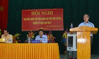 Vertreter der Partei und des Staates treffen Wähler in den Provinzen
