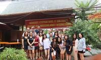Ehrenurkunde für Stephan Havel für Beiträge zu Beziehungen zwischen Vietnam und Deutschland