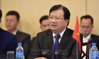 Vize-Premierminister Trinh Dinh Dung besucht Tansania