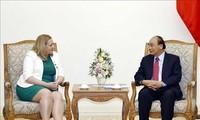 Premierminister Nguyen Xuan Phuc empfängt die irländische Botschafterin