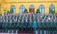 Chủ tịch nước Trương Tấn Sang gặp mặt các điển hình tiên tiến xuất sắc trong toàn quân