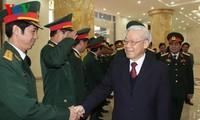 Генсек ЦК КПВ провел рабочую встречу с представителями Военного командования Ханоя
