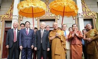 Нгуен Фу Чонг навестил камбоджийских главных монахов Тепвонга и Букри