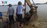 Нгуен Суан Фук: необходимо быстро ликвидировать последствия наводнений в стране