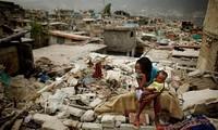 На Гаити почтили память жертв крупного землетрясения в 2010 году