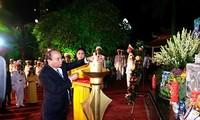 Премьер Вьетнама вручил удостоверения «За заслуги перед Отечеством» семьям павших фронтовиков
