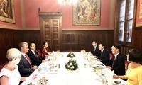 Венгрия высоко оценивает роль вьетнамской диаспоры в стране