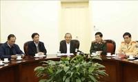Постоянный вице-премьер Чыонг Хоа Бинь дал указания по мерам обеспечения безопасности дорожного движения