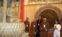 Выставка буддийского искусства на тему «Весенняя встреча»