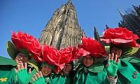 В Европе царит оживленная праздничная атмосфера