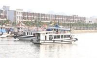 Модель «круизное судно для индивидуальных туристов» в заливе Халонг