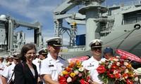 Два корабля ВМФ Канады находятся во Вьетнаме с дружественным визитом