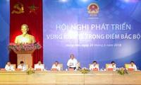 PM Nguyen Xuan Phuc memimpin Konferensi pengembangan zona ekonomi titik berat daerah Tonkin