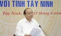PM Vietnam, Nguyen Xuan Phuc melakukan temu kerja dengan  pimpinan teras Provinsi Tay Ninh