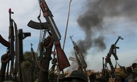 Sudan Selatan: Benggolan buku oposisi setuju menandatangani permufakatan damai