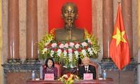 Sekjen KS PKV, Presiden Nguyen Phu Trong melakukan kunjungan kerja dengan Kantor Kepresidenan