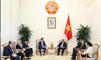 PM Vietnam, Nguyen Xuan Phuc menerima Menteri Lingkungan Bisnis, Perdagangan dan Badan Usaha Rumania