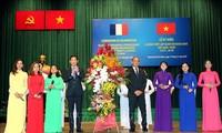 Kota Ho Chi Minh ingin memperhebat hubungan kerjasama dengan daerah-daerah di  Perancis