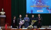 Acara memuliakan badan-badan usaha tipikal demi kaum pekerja di Kota Ha Noi