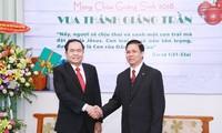 Ketua Pengurus Besar Front Tanah Air Vietnam, Tran Thanh Man mengucapkan selamat Hari Natal tahun 2018