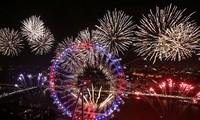 10 adat  menyambut Tahun Baru yang interesan di seluruh dunia