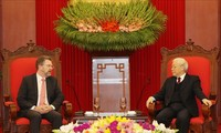 Sekjen, Presiden Nguyen Phu Trong menerima Ketua Majelis Tinggi Australia