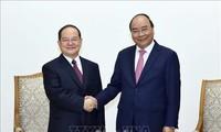 PM Vietnam, Nguyen Xuan Phuc menerima Sekretaris Komite Partai Zona Otonomi Zhoang, Guang Xi, Tiongkok