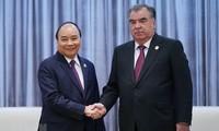 PM Vietnam, Nguyen Xuan Phuc melakukan pertemuan dengan Presiden Tajikistan