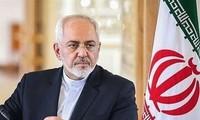 Le ministre iranien des Affaires étrangères rencontre Jean-Yves Le Drian