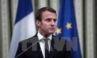 Macron visits Greece, shares EU vision