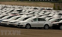 Trump threatens 20% tariff on EU car imports