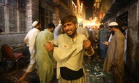 Suicide blast in Pakistan, 13 killed