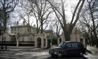Russia, Britain agree to restore diplomatic staff