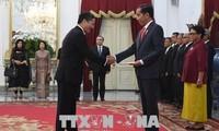 Dubes Vietnam di Indonesia, Pham Vinh Quang menyampaikan surat mandat kepada Presiden Indonesia, Joko Widodo