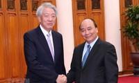 PM Nguyen Xuan Phuc menerima Deputi PM Singapura