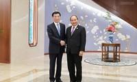 PM Vietnam, Nguyen Xuan Phuc melakukan pertemuan dengan Sekretaris Sekeretariat Komite Sentral Partai Komunis Tiongkok, Wang Huning