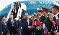 PM Vietnam, Nguyen Xuan Phuc tiba di Saint Petersburg, memulai kunjungan resmi di Federasi Rusia